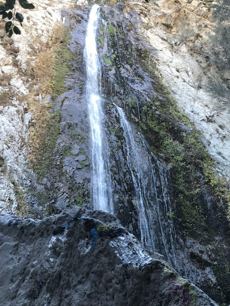 Bonita Falls, Travel
